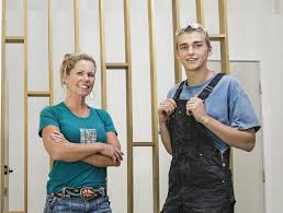 Mother-Son Duo Combines Their Skills for Stunning Renos in HGTV's ...
