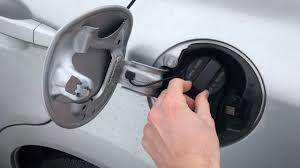 How To Fix The Tighten Fuel Cap Error Message On Your Honda Civic