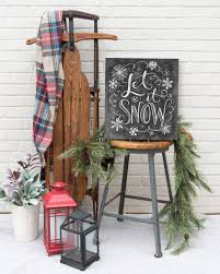 Former mit physics professor walter lewin (who the university ultimately fired for sexual harassment) was a master of the chalkboard. How To Draw Snowflakes For A Holiday Chalk Art Sign Martha Stewart