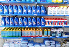 Resultado de imagem para produtos para limpeza de piscina
