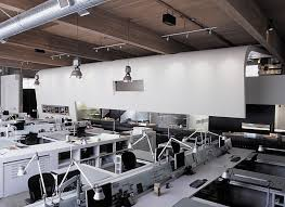 large office space. #Modern #workstations For A Large #office Space #dtank #customfurniture #furniture Office .