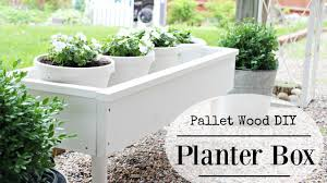 diy planter box from pallet wood