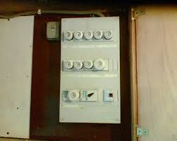 can schuko plugs be wired to uk bought electrical items page 2 there s an irish consumer unit from the 1970s early 80s fuses rather than breakers note the rcd a lever rather than switch