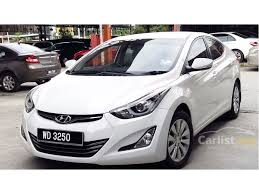 hyundai elantra 2016 white.  White 2016 Hyundai Elantra Premium Sedan Inside White