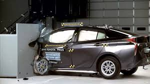 2018 toyota prius. unique prius 20162018 toyota priusprius prime hybrid iihs narrowoverlap crash test on 2018 toyota prius