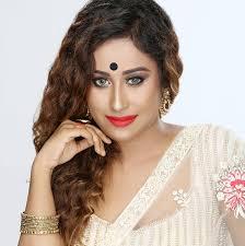 Priyanka Das steps into Fashion Fuzion Nite 2018 | Fashion design