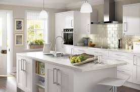 Stonefield White Classic Style