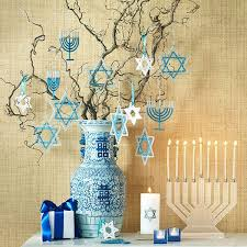 best 25 hanukkah decorations ideas