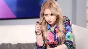 مي العيدان تعلن عن مقاضاتها إعلاميا مصريا شهيرا: سأتبرع بالتعويضات على روح  أمي