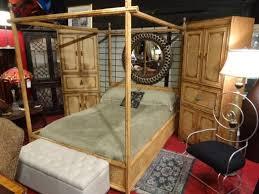 DREXEL HERITAGE BAMBOO QUEEN CANOPY BED, INCLUDES QUEEN
