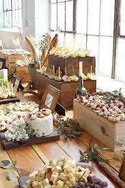 The perfect color palette for any event venue or buffet table depends on your theme. Mesas Buffet Para Bodas Unicas Buffet Food Food Displays Buffet Table
