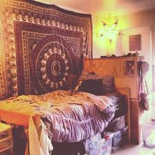 Tapestry Bedroom Dorm Room Decorating Ideas By Style Style Tapestries And