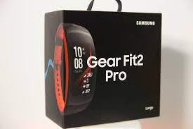 Đập hộp vòng đeo tay thông minh Gear Fit2 Pro giá 4,2 triệu đồng