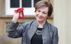Delia Smith: the cookbook is dead, just get your recipes online