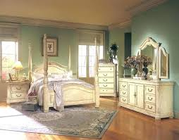 Antique Bedroom Decor Impressive Design Ideas