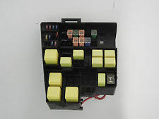 jaguar electric vehicle parts jaguar s type 3 0 v6 2000 2002 main under hood relay fuse box