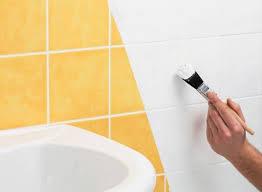 Colori Per Dipingere Le Pareti Del Bagno : Come verniciare le piastrelle rinnovare