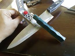 Knife  GunbotSharpening Kitchen Knives