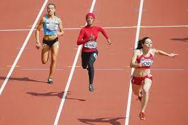 Pour ou contre le hijab de sport de Decathlon ? - Page 3 Images?q=tbn:ANd9GcS1a9n1ZsDc7ojyn7H7Qgn1nyCCx8L4ZsDhL9m8trGsTLy25HWrlQ
