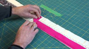 Easy way to Join the Binding on a Quilt - YouTube & Easy way to Join the Binding on a Quilt Adamdwight.com
