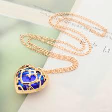 japanese anime the legend of zelda figure necklace red heart crystal gold keyring hanging buckle keyfob necklace cartoon pendant diamantal
