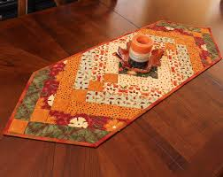 Christmas Table Runner Patterns Impressive 48 Free Patterns For Making A Christmas Table Runner Guide Patterns