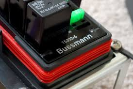 bussman fuse relay box from wagongear install in the wj bussman fuse relay box from wagongear install in the wj offroad passport community forum