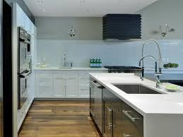 Shiny White Kitchen Cabinets Kitchen Backsplash White Modern Minimalist Glossy Kitchen Cabinet