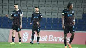 Ziraat Türkiye Kupası'ndan elenen Trabzonspor hayal kırıklığı yaşıyor