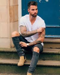 They deserve to be applauded also for their appearance and comfort. Chelsea Boots Summer Hot Weather Outfits For Men 22 Ideas Outfits Lookastic
