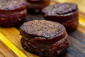 smoked filet mignon wrapped in bacon