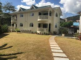Flower Garden Self Catering Apartments Apartment In Beau