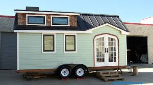tiny house contractors. Couple Builds Tiny House Contractors