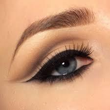 natural eye makeup photo 1