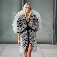 Iris van Herpen uses 3D <b>printing</b> and magnets for <b>fashion</b> collection
