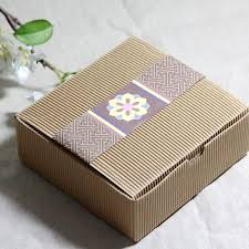 Decorative Cookie Boxes Corrugated Kraft Paper Square Cake Box Cookie Dessert Sweets 19