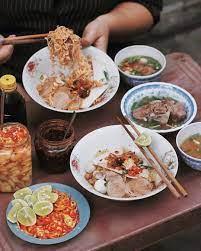 10 Món ăn sáng Sài Gòn nhanh gọn mà 'hạt dẻ' - HaloTravel