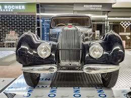 Obrazem Perly Značky Bugatti Jsou K Vidění V Brně Idnescz