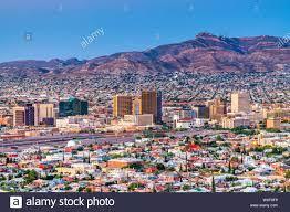 El Paso, Texas, USA Downtown Skyline der Stadt in der Dämmerung  Stockfotografie - Alamy
