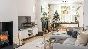 apartment christmas decor ideas 10