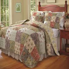 rustic primitive bedding country quilt and pillow sham set