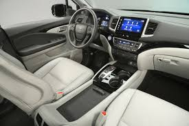 2018 honda pilot front seats and dashboard