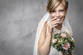 Les Plus Belles Coiffures De Mariage Pour Cheveux Courts