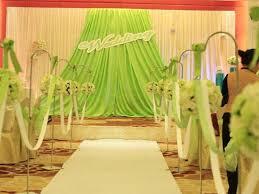 diy wedding backdrop stand