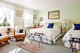gardenparty cover sittingroom 2queenroom