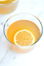 How to Make Our Favorite Hot Toddy with Honey and Lemon