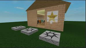 How To Sell Clothes On Roblox I Tried To Make My First Building To Sell Clothes And Failed