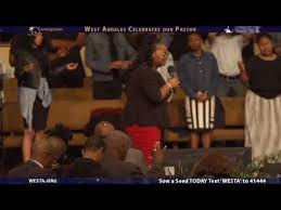 Praise Uninhibited | Evangelist Kendra Sims at West Angeles Church - YouTube