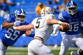 Kentucky Wildcats defensive lineman Davoan Hawkins (55) pressures Murray  State Racers quarterback Preston Rice (5) during the second half an NCAA  college football game in Lexington, Ky., Saturday, … | Las Vegas  Review-Journal