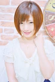 可愛い小顔前下がりショートボブメイズ東中野鍛原志行の髪型